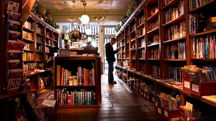 bookstore-pic